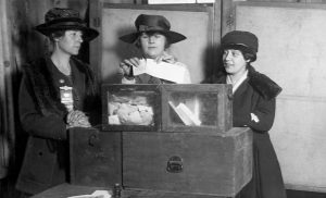 vintage photo of women voting